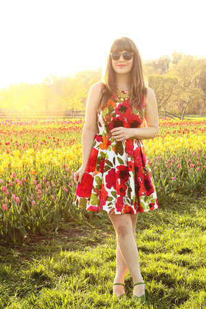 yellow LuLus necklace - red modcloth dress - orange modcloth sunglasses
