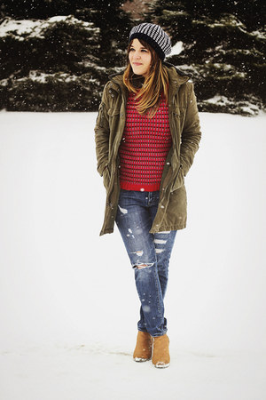 red Boden sweater - camel Old Navy boots - blue Forever21 jeans - navy Boden hat