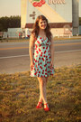 Sky-blue-modcloth-dress-red-modcloth-heels