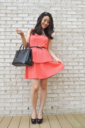 carrot orange peplum eyelet Forever 21 dress - black saffiano Prada bag