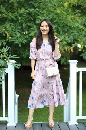 light purple floral midi H&M dress