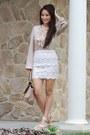 Camel-oasap-bag-white-lace-forever-21-skirt