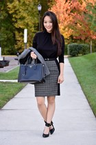 heather gray talbots skirt - gray Theory blazer - black saffiano Prada bag