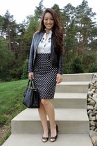 black glittery bow le bunny bleu heels - black saffiano Prada bag