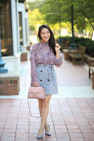light pink shoulder Gucci bag - bubble gum Korean boutique blouse
