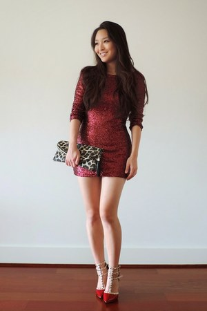 red sequin mini Tobi dress - brown deb bag - red forever young shoes heels