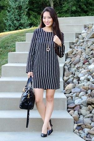 black printed shift Darling dress - black Badgely Mischka bag