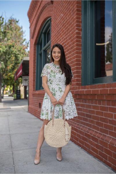 white floral mini Chicwish dress - tan straw tote Beachd bag