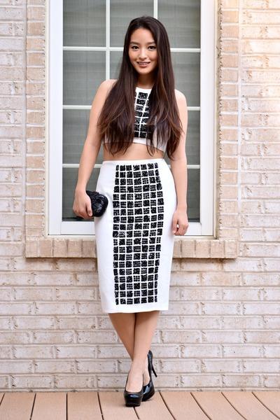 white Toprom dress - black lace clutch Mimi Boutique bag