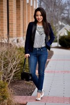 off white striped tank Chaser Brand top - navy skinny Levis jeans