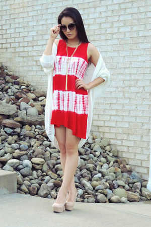 red Ash & Rose dress - black Freyrs sunglasses - white Almost Famous cardigan