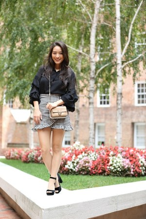 black Chicwish skirt - black H&M top