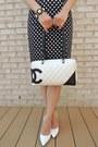 Black-forever-21-skirt-black-chicnova-purse-white-chanel-bag
