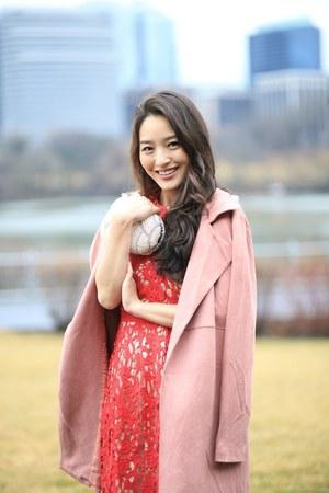 ruby red lace francescas dress - light pink Joh Apparel coat