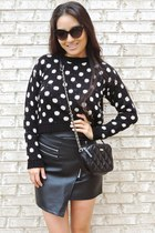 black polka dot crop Boohoo sweater - black crossbody kate spade bag