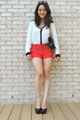 Black-bally-bag-red-forever-21-shorts-black-cole-haan-sunglasses