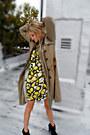 Trench-coat-gryphon-coat-thrifted-vintage-dress-fedora-filson-hat