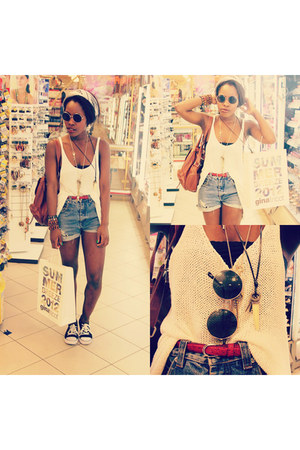 vintage shorts - H&M blouse