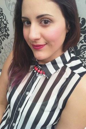 white clutch asos bag - black chiffon chicnova blouse