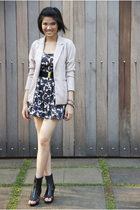 Gitchy blazer - Forever21 dress - belle shoes