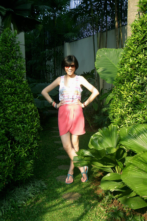 Gitchy skirt - Zara top - Zara shoes
