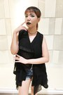 Navy-hot-kiss-shorts-black-vest-black-sleeveless-top-black-creepers-heels