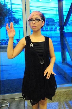 black scene stealer shoes - brown sammydress bag - black 2 skirt - black 2 top