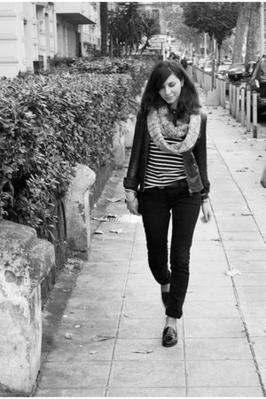 LTB jeans - Petit Bateau top - Sebago loafers