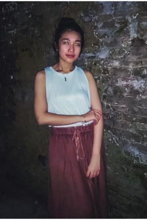 brown flea market skirt - light blue H&M top