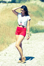 Camel-urban-outfitters-boots-red-zara-shorts-light-blue-urban-outfitters-nec