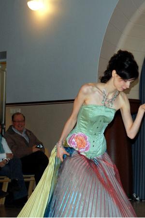 dress - - accessories
