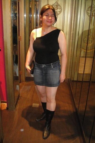 black U top - gray Jag skirt - black Nine West boots - black purse - silver Peop