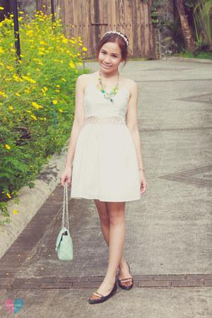 white little white Forever 21 dress