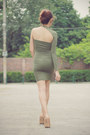 Green-emerald-sm-accessories-earrings-olive-green-shop-enna-dress