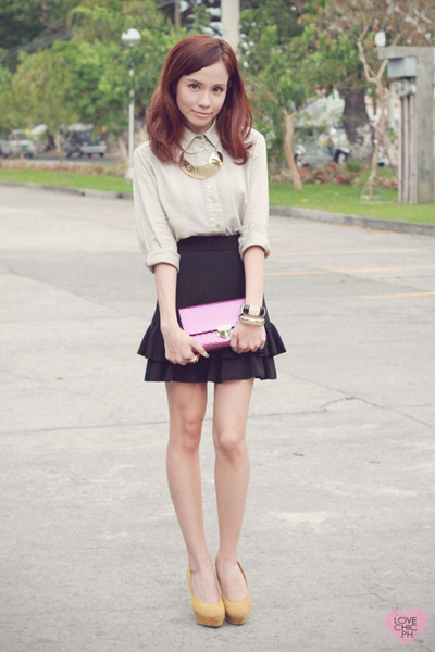 gold metallic sm accessories necklace - mustard pumps Asian Vogue shoes