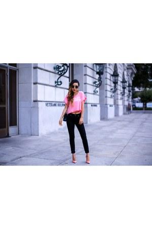 Bag bag - Jeans jeans - sunglasses sunglasses - heels heels - Earrings earrings