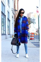 denim jacket jacket - coat coat - Jeans jeans - Bag bag - sunglasses sunglasses