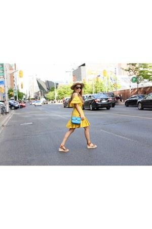 hat hat - on sale 56 Dress dress - Bag bag - sunglasses sunglasses