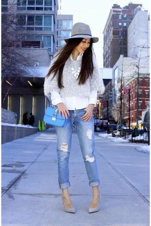 hat hat - Jeans jeans - only 20 Sweater sweater - Bag bag - heels heels