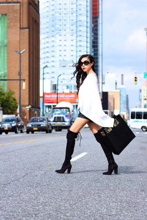 necklace necklace - boots boots - Bag bag - sunglasses sunglasses - Poncho cape