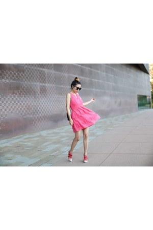 Bag bag - Dress dress - sunglasses sunglasses - wedges wedges