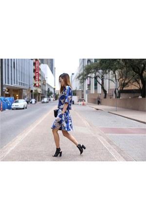Bag bag - on sale booties boots - sunglasses sunglasses - Top top - Skirt skirt