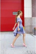 Bag bag - Dress dress - heels heels - ring ring - Earrings earrings