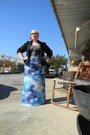 Black-new-look-blazer-gray-scoop-neck-splash-t-shirt-sky-blue-tie-dye-skirt