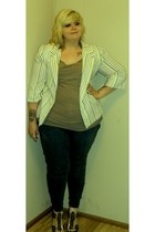 white unknown blazer - dark khaki alloy top