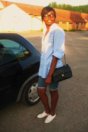H&M shirt - Pelle pelle shorts - shoes