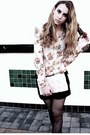 Black-buttoned-shorts-blouse-knotted-pearl-necklace