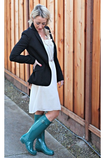 green Hunter boots - navy H&M blazer