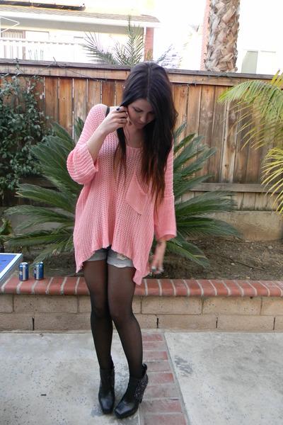bubble gum lf sweater - light blue shorts - black sam edelman wedges