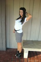 white bp  nordstrom t-shirt - gray H&M skirt - black f21 belt - black f21 shoes